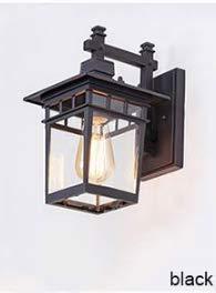 Veranda der Vintage Art-Dekoration im Freien beleuchtet die Wandlampe, schwarz
