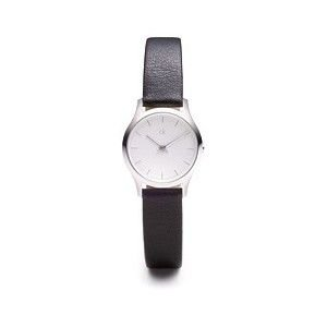 reloj-calvin-klein-de-mujer-esfera-blanca-correa-de-cuero-negra