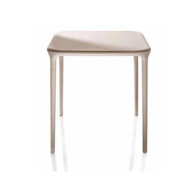 Magis air-Table Table carré 65 x 65 Beige 1450 C