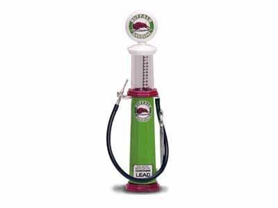 Preisvergleich Produktbild Replica Vintage Cylinder Gas Pump Buffalo Gasoline 1/18