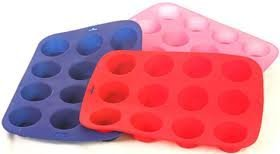 12 Cup Silicon / Silicone Muffin Tray Cupcake Cake Cases, moulds. Available in pink, blue or red.