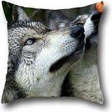 Yi Mu NIU Protection from Bed Bugs Pillow Cover Wolf Pillow Case Cove100% Cotton 1818 Throw Pillow Covers