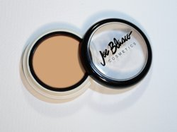 concealer-dermaceal-light-from-joe-blasco-concealer-dermaceal-light-by-joe-blasco