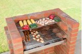 Bkb 504a Black Knight Brick barbecue kit con brace Guard & Storage Bag. BSI approvato.