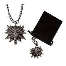 Witcher 3 medallón con cadena de metal