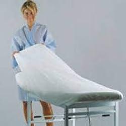 Sábana desechable camilla de tejido no tejido de polipropileno PP de color blanco 80X210CM con elasticos que permiten ajustarse a la camilla.CAJA 100U