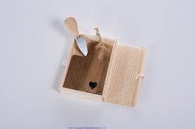 Cuorematto bomboniere solidali 2017 tagliere monoporzione coltellino legno acacia 14x10