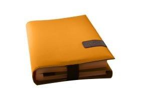 Preisvergleich Produktbild BookSkin safrangelb: trendige Buchhülle aus Mikrofaser mit integriertem Lesezeichen