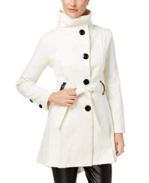 Madden Girl Damen Trenchcoat, Kunstleder, Größe L, elfenbeinfarben
