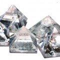 winter-sale-size-12-18-mm-clear-quartz-pyramid-set-of-five-clarity-90-size-12-18-mm-natural-gemstone