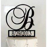 Personalisierte Hochzeitstorte Tortenaufsatz mit Initialen-Monogramm mit Veranstaltungsdatum, personalisiert mit A B C D E F G H I J K L M N O P Q R S T U V W X Y Z