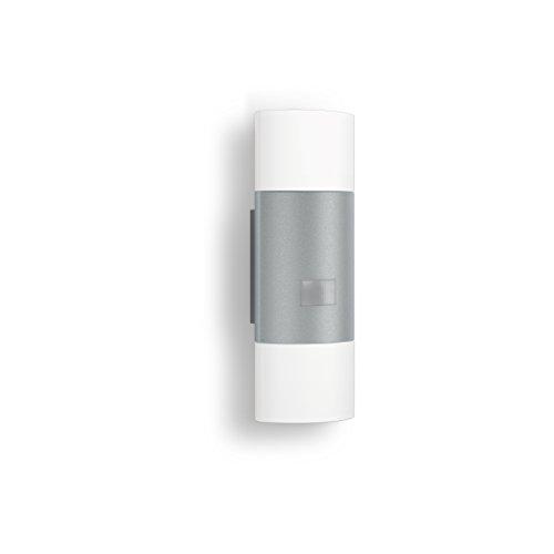 Steinel Wandleuchte L 910 LED silber, 11 W, 755 lm, 180° Bewegungsmelder, 12 m Reichweite, Dauerlicht, Softlichtstart