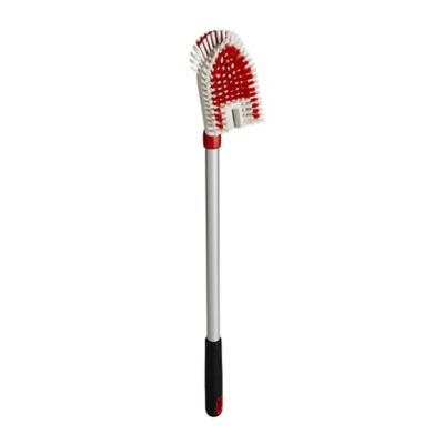 oxo-good-gripsr-telescopic-tub-tile-brush-with-pivoting-head-675-to-1085cm