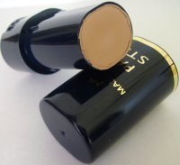 Max Factor Rich Creamy Foundation Pan Stik - Nouveau Beige 13 by Max Factor
