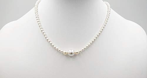 Collanina corta, semplice ed elegante fatta a mano con perle swarovski bianche e una chiusura in argento 925 decorata con strass