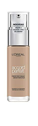 L'Oréal Paris - Fond de Teint Fluide Accord Parfait - Peaux Sèches à Normales - Teinte : Beige (4.N) - 30 ml - Nouvelle formule enrichie en acide Hyaluronique et Aloé Vera