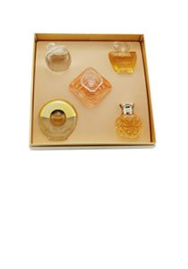 Haute Collection 5 Piece Mini Set per Donna Cofanetto - 4 ml Safari EDP Mini + 7 ml Noa Eau de Toilette Mini + 8 ml Tresor EDP Mini + 4 ml Poeme EDP Mini + 5 ml Paloma Picasso Eau de Toilette Mini