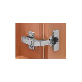 blum charniere de meuble clip top pour ouverture a 95 degres pour fixation dans le. Black Bedroom Furniture Sets. Home Design Ideas