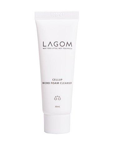 Démaquillant Lagom Cellup Microfoan - 190 ml - Contient DermafluxTM, Lécithine hydrogénée, porte-savon en feuilles et extrait de baies de savon.