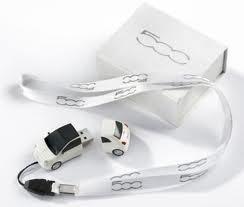 genuine-fiat-500-usb-storage-device-8gb