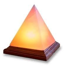 Lampara de sal del Himalaya piramide
