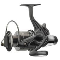 Daiwa free spool reel Black Widow BR A by Daiwa