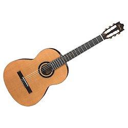 Ibanez GA15-NT Konzertgitarre mit Savarez Nylon 6-Saiter Classic Korpus 4/4 Größe/Zedern Decke