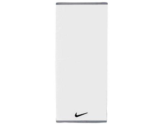 Nike Fondamental Serviette