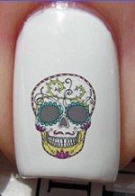 Tête de mort aux yeux en sucre cœur et amour - Stickers pour ongles YRNAILS