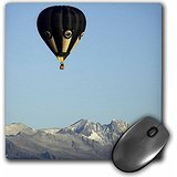 danita-delimont-hot-air-balloons-hot-air-balloon-and-mountains-south-island-new-zealand-au02-dwa4649