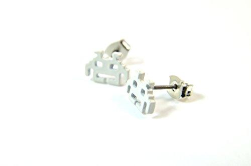 freshfunkyfashion-retro-cool-gamer-pacman-style-white-earrings-cute-gamer-unique-a26