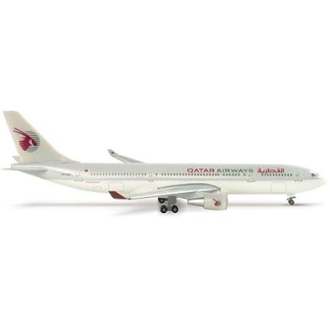 508537 - Herpa Wings - Qatar Airways Airbus A330-200