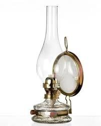 Paraffin-tank (Mittlere Oellampe antikes Design mit Spiegel Petroleumlampe befüllbar mit Fuß aus transparentem Glas dekorative Petroleumlampe mit verziertem gold farbigen Dochthalter in Messinghalterung mundgeblasen Höhe ca. 32,5 cm)