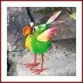 Gartenfigur aus Metall Metallgartenfigur Crazy trendiger Deko-Vogel ist für den Außenbereich geeignet