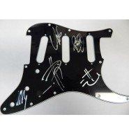 signed-korn-pickguard-by-jonathan-davis-reginald-fieldy-arvizu-james-munkee-shaffer-brian-head-welch