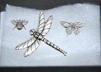 In confezione regalo, Set da 3, Pewter Pin badge-insetti, api, grande, motivo: farfalla e libellula