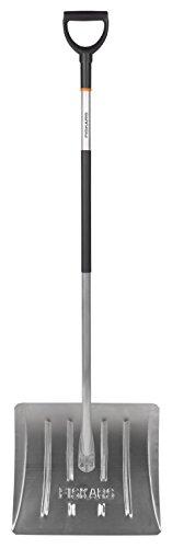 Fiskars Schneeräumer, Blatt und Stiel aus Aluminium, Blattbreite: 43,5 cm, Lange: 153 cm