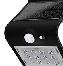 Lámpara LED V-TAC vt-767-7con potencia de 7W. cuerpo en material plástico de color blanco con un diseño limpio y moderno. Haz de 120° y flujo luminoso de 800lúmenes. En la parte posterior de la lámpara, hay 4LED, con una temperatura color blan...