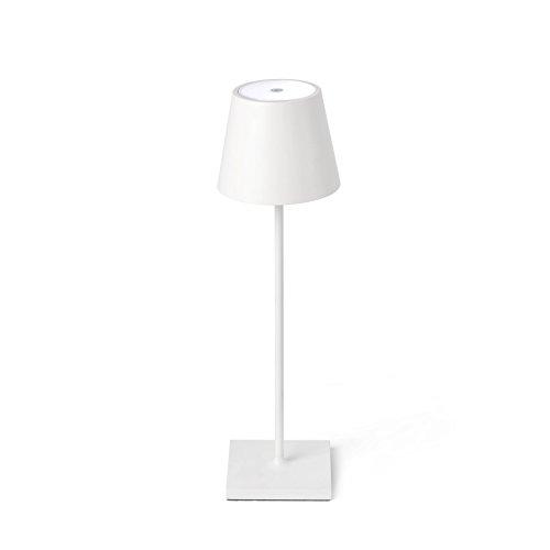 TOC es una lámpara de sobremesa portátil. Cuenta con el sistema Touch System y es ideal para iluminar jardines y terrazas.