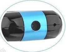 Mini-Camcorder-Kamera-DVR-DV mit Mikrofon, im USB STICK eingebaut von ®vario-Elektronik, klein und handlich, immer und Überall dabei,bis zu 32GB micro SDHC Speicherkarte erweiterbar. PLUG&PLAY. Auflösung 1280*960,Deutsche Bedienungsanleitung.