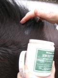 Biteback Products 'Sweet Relief'™ Midge Barrier and Skin Support Cream for Horses 500g 3
