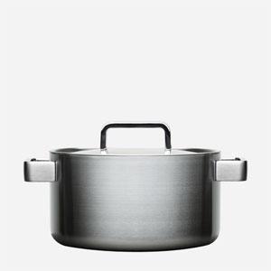 Iittala Dahlstrom 5-Quart Casserole With Lid by Iittala (Auflaufform Qt 5)
