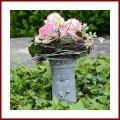 Grabvase zum stecken mit Blumenranke Steckvase 19 cm hoch Grabschmuck Trauerschmuck