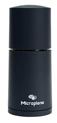 Microplane Gewürzmühle Schwarz für Muskatnuss Zimt Tonkabohnen