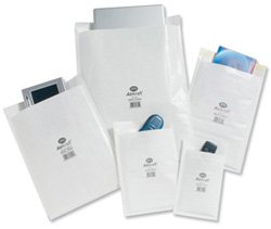 50-white-jiffy-airkraft-postal-bags-size-3-220x320mm-bubble-lined-peel-and-seal