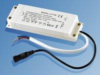 Universeller LED/Halogen-Transformator 230 V Input - 12 V output von Lunartec bei Lampenhans.de