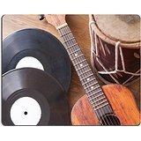 luxlady Naturkautschuk Gaming Mousepads Vintage Akustische Gitarre Drum und Vinyl Record auf einen hölzernen Hintergrun