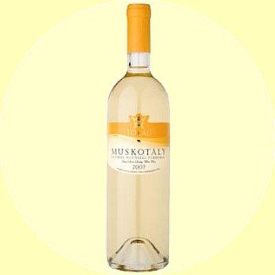 Tokajer gelbe Muskateller halbsüßer frischer Weißwein aus Ungarn 0,75l