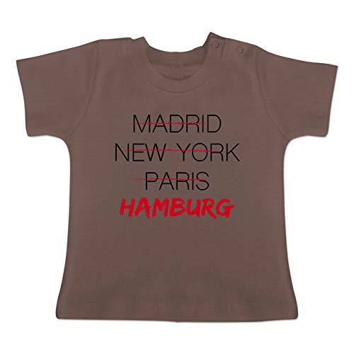Städte & Länder Baby - Weltstadt Hamburg - 1/3 Monate - Braun - BZ02 - Baby T-Shirt Kurzarm