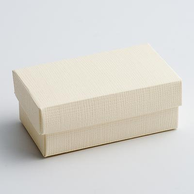 Rectangular Favour Boxes with Lid - Ivory Silk (Pk 10 flat packed, without decorations)